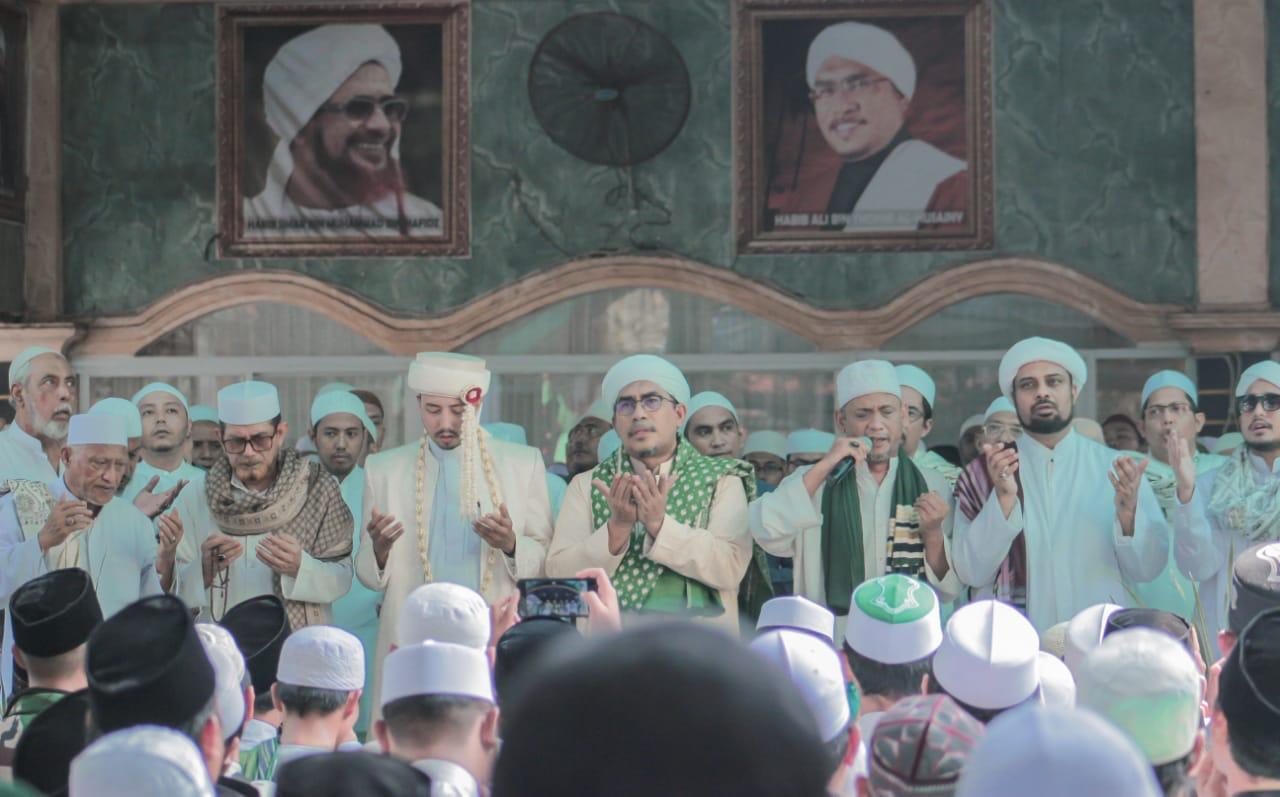 maulid agung di ma'had al-husainy